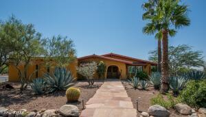 7010 N Stardust Circle, Tucson, AZ 85718