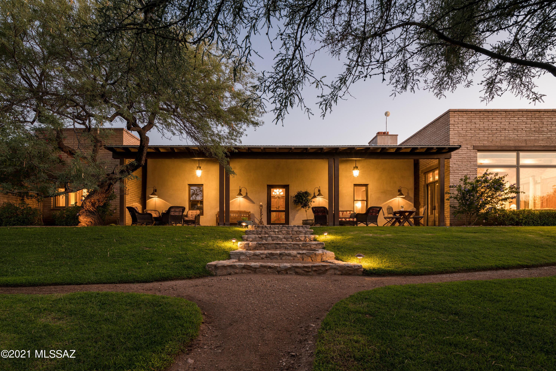 Photo of 1416 N Smokey Springs Road, Tucson, AZ 85749