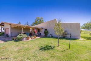 13201 E Singing Valley Road, Sonoita, AZ 85637