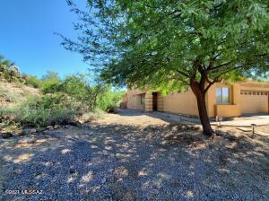 10706 N Hewitt Place, Oro Valley, AZ 85737