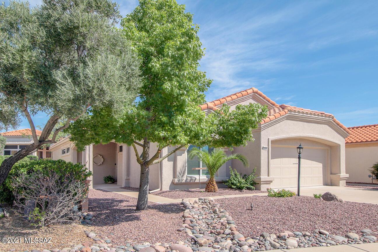 2223 E Jonquil Street, Oro Valley, AZ 85755