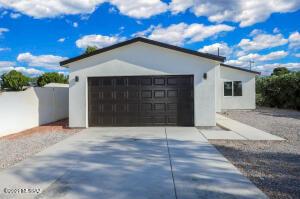 650 W Roger Road, Tucson, AZ 85705