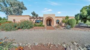3891 N Hillwood Circle, Tucson, AZ 85750