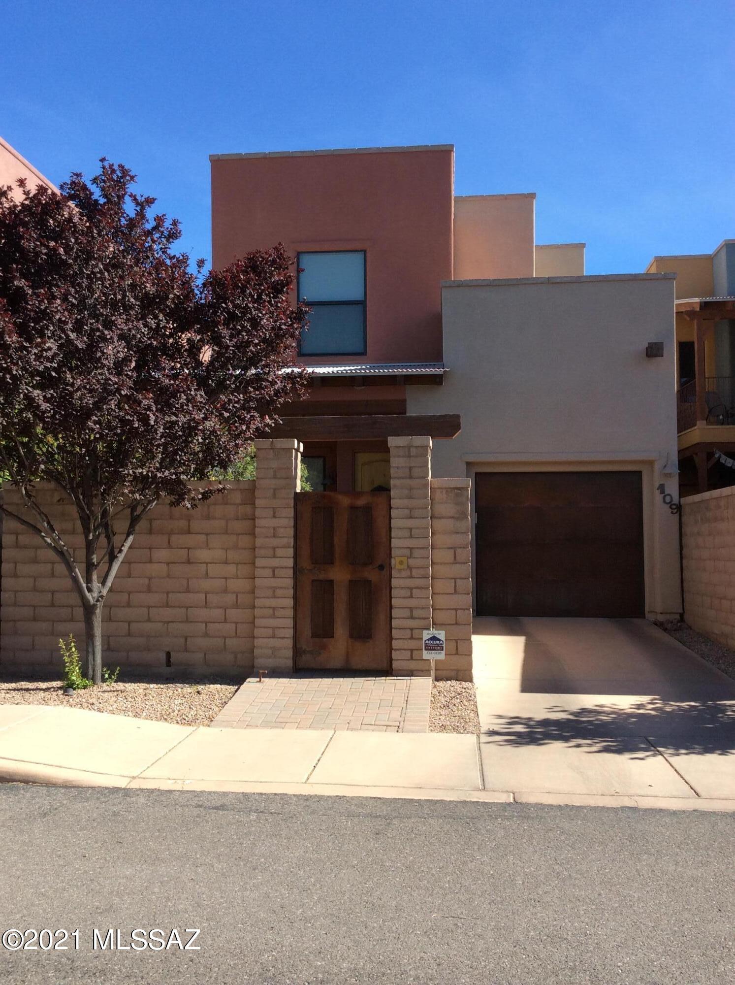 109 E Castlefield Circle, Tucson, AZ 85704