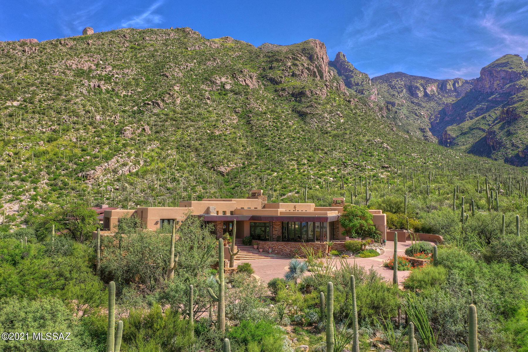 Photo of 7598 N Secret Canyon Drive, Tucson, AZ 85718