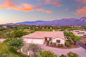 10760 N Thunder Hill Place, Tucson, AZ 85737