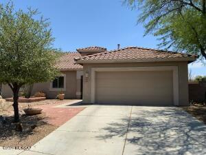 8098 N Iron Ridge Drive, Tucson, AZ 85743