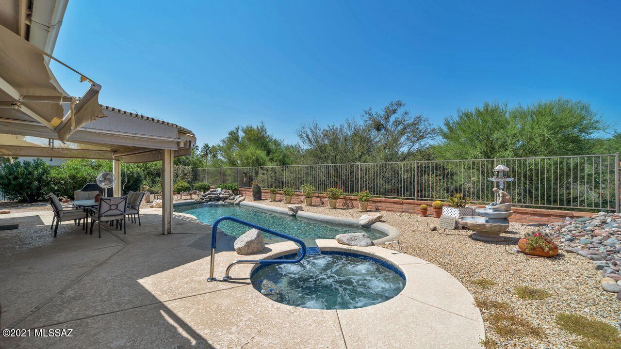 14061 N Alyssum Way, Oro Valley, AZ 85755
