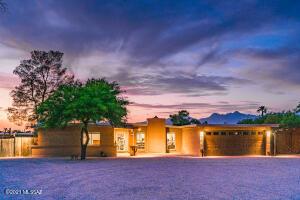 1630 S Andorra Place, Tucson, AZ 85748