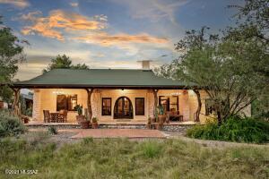8550 E Snyder Road, Tucson, AZ 85750