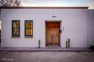 870 S Meyer Avenue, Tucson, AZ 85701