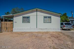 1866 W Desert Broom Lane, Tucson, AZ 85705
