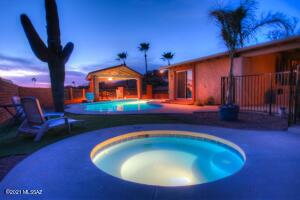 3770 N River Hills Drive, Tucson, AZ 85750