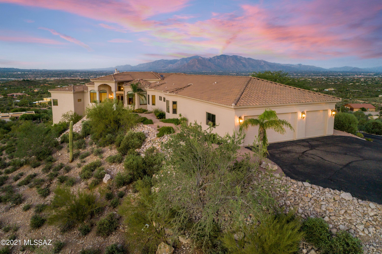 4945 N Deer Meadow Trail, Tucson, AZ 85745