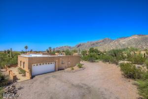 5825 N Camino Del Conde, Tucson, AZ 85718