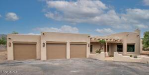 7510 N La Oesta Avenue, Tucson, AZ 85704
