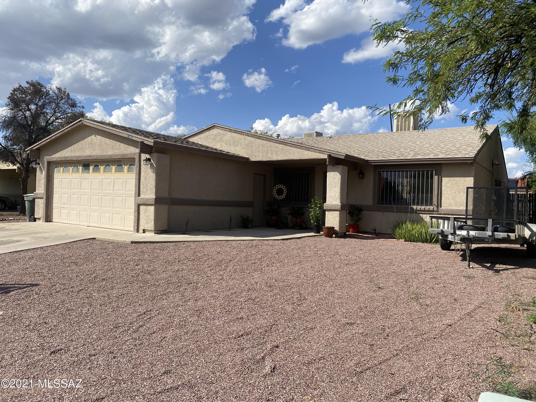 1940 W Greenleaf Drive, Tucson, AZ 85746