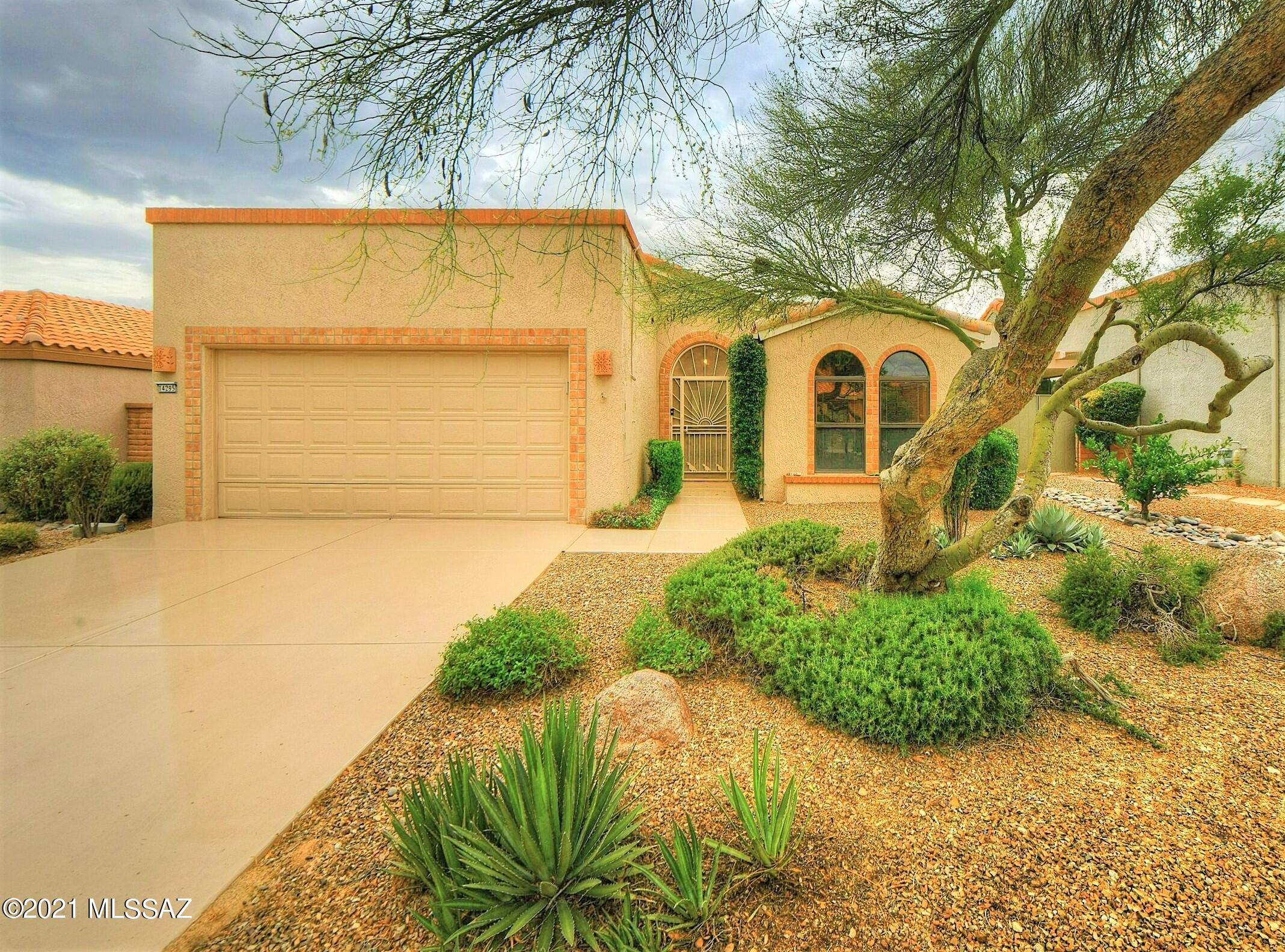 14295 N Copperstone Drive, Oro Valley, AZ 85755