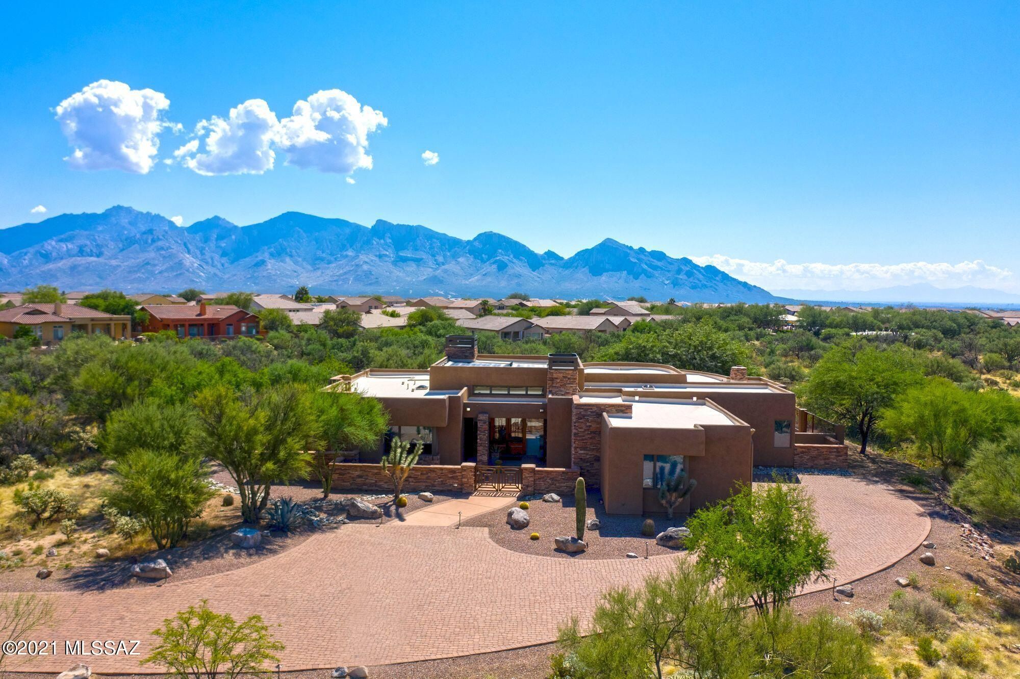 Photo of 13662 N Old Forest Trail, Oro Valley, AZ 85755