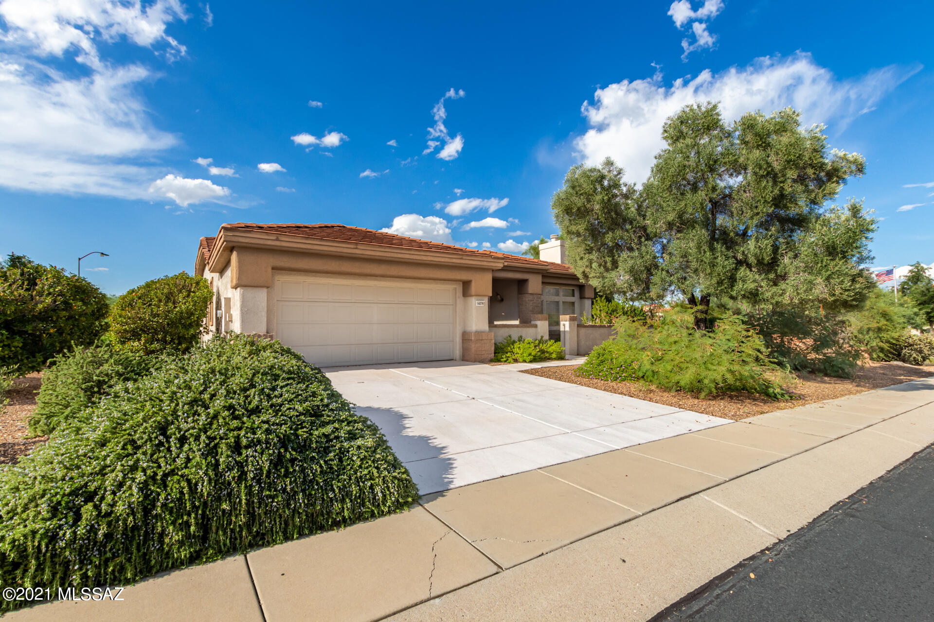 14279 N Buckingham Drive, Oro Valley, AZ 85755