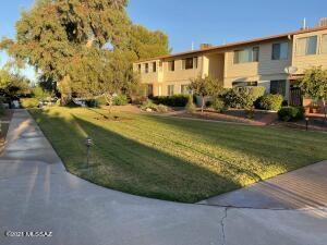 8030 E Broadway Boulevard, B-106, Tucson, AZ 85710