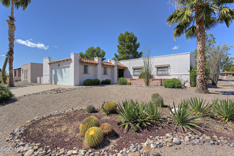 1550 S San Carla, Green Valley, AZ 85614