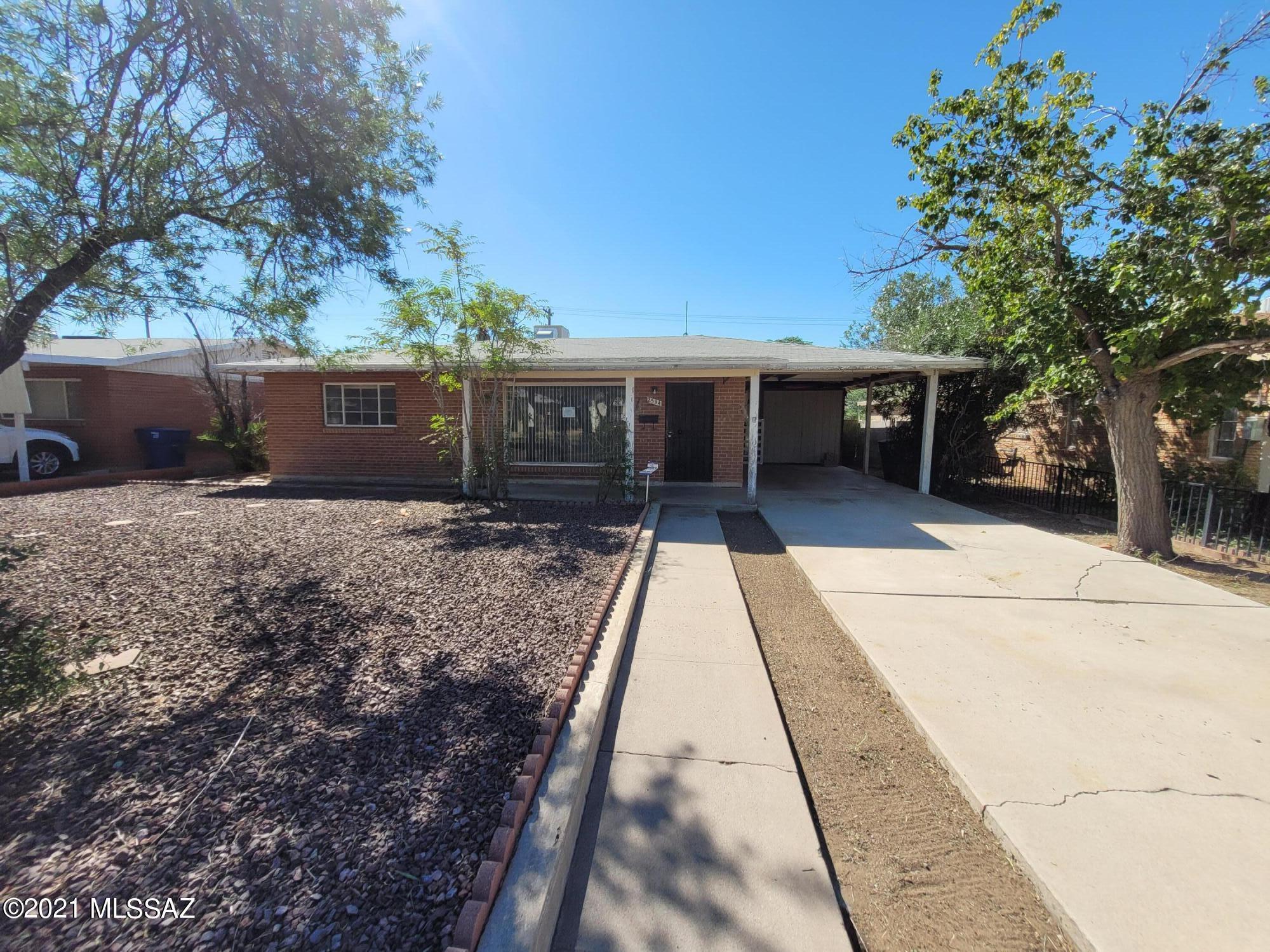 2534 E Eastland Street, Tucson, AZ 85716