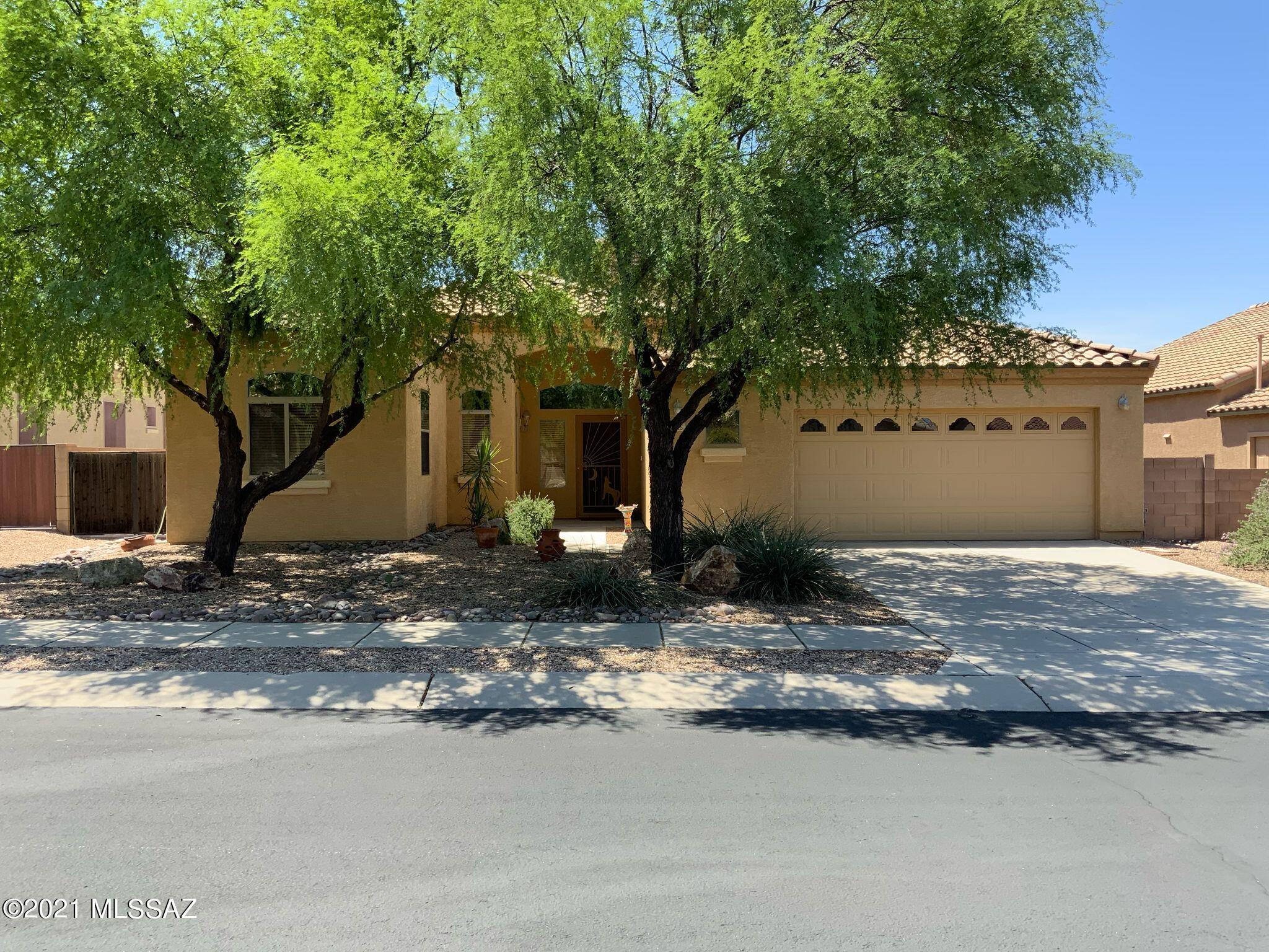 5115 W Wild Burro Spring Drive, Marana, AZ 85658