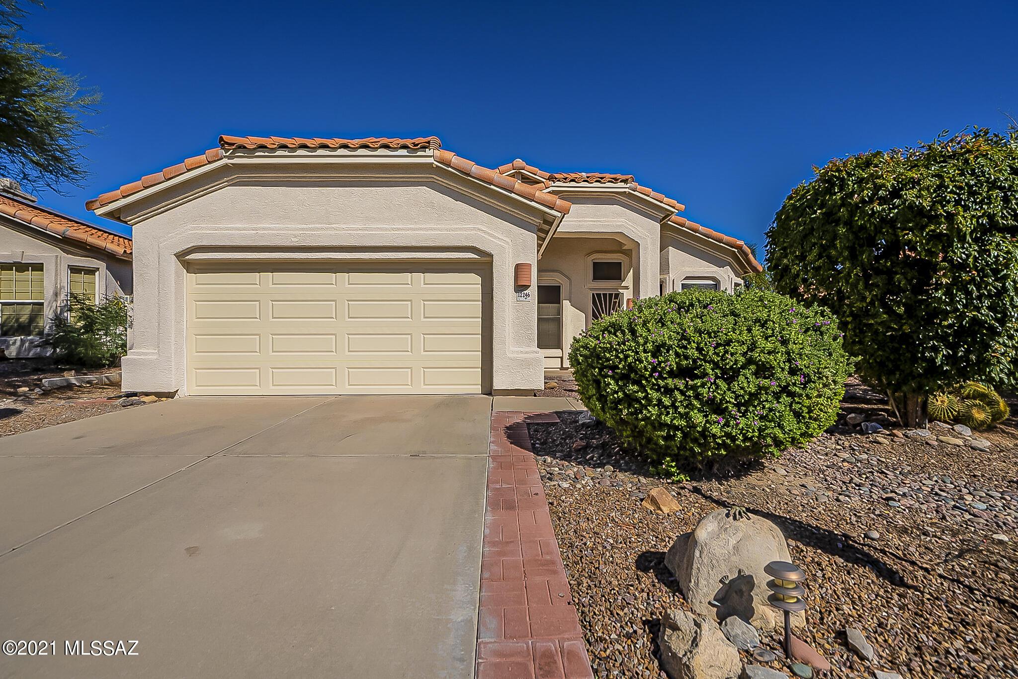 12246 N Sterling Avenue, Oro Valley, AZ 85755