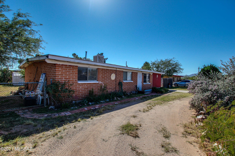 3232 E Stallion Lane, Tucson, AZ 85739
