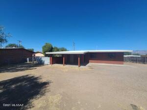 2401 N Jordan Drive, Tucson, AZ 85745