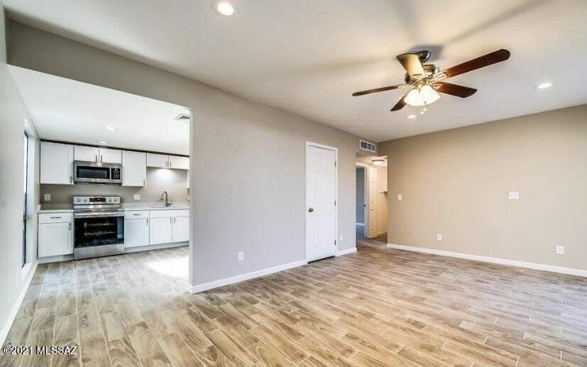 463 S Camino Seco, Tucson, AZ 85710