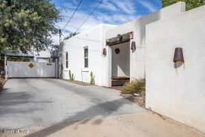 941 N Richey Boulevard, Tucson, AZ 85716