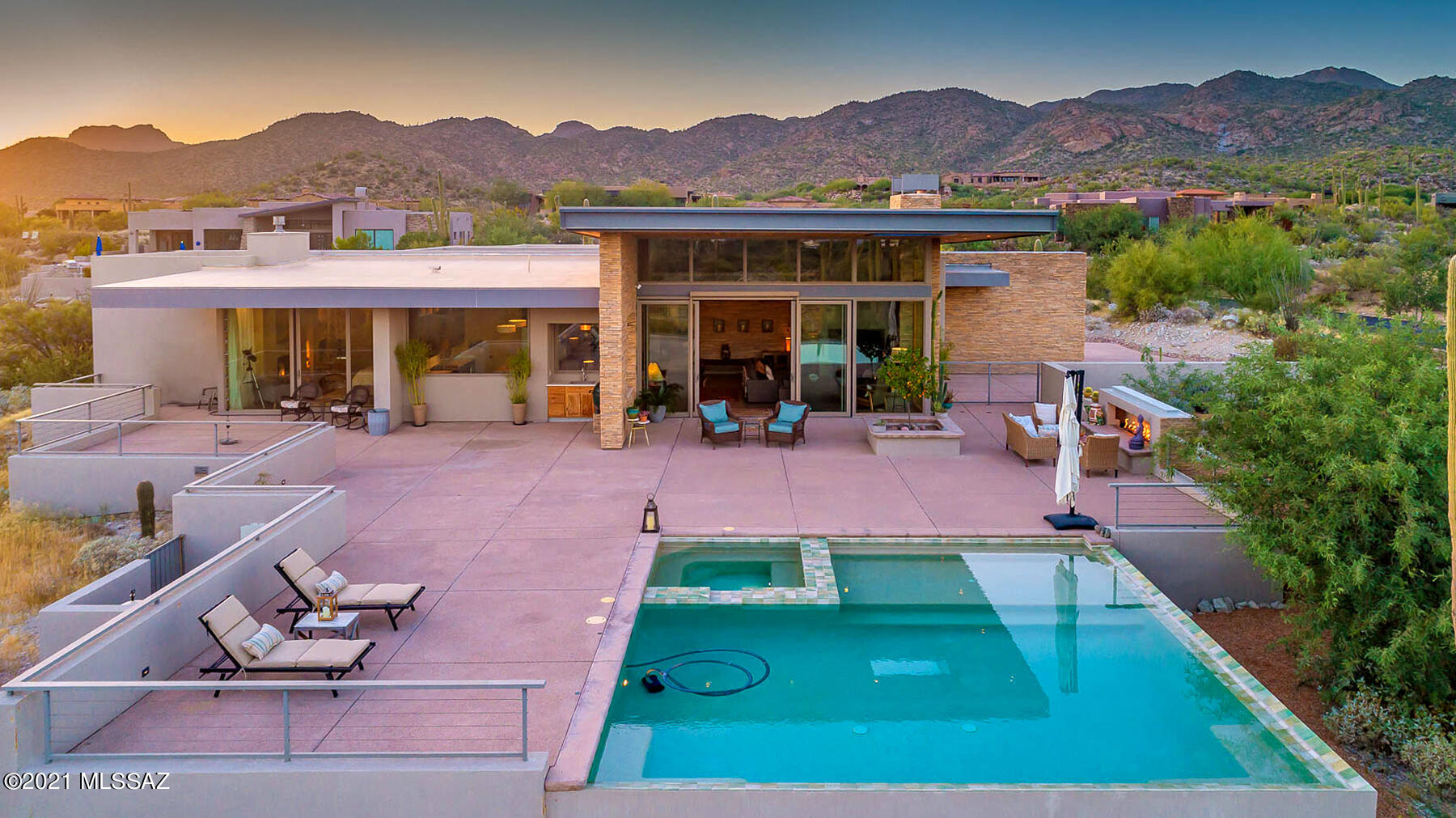 Photo of 1055 W Tortolita Mountain Circle, Oro Valley, AZ 85755
