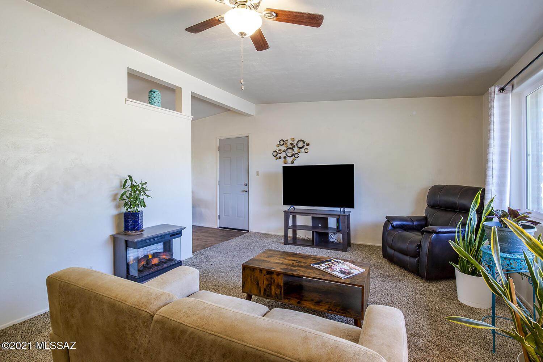 1931 W Calle Del Reposo, Tucson, AZ 85745