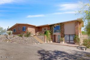 4720 E Cll Barril, Tucson, AZ 85718
