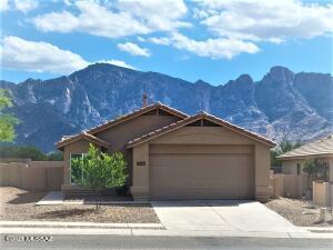 13200 N Classic Overlook Court, Oro Valley, AZ 85755