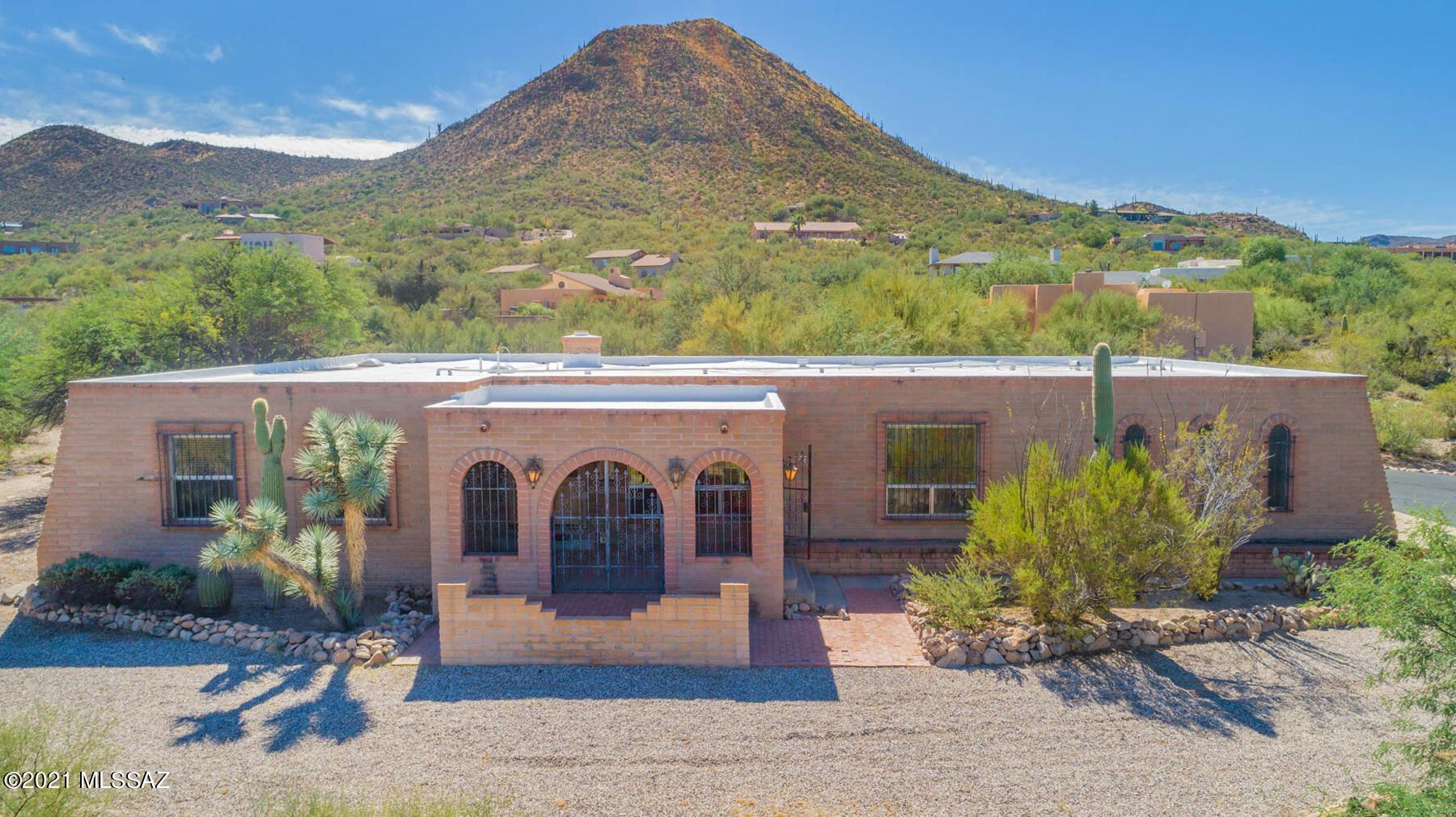 940 N Smoketree Circle, Tucson, AZ 85745