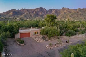 3739 E Guthrie Mountain Place, Tucson, AZ 85718