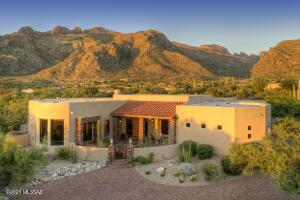 7718 N Ancient Indian Drive, Tucson, AZ 85718