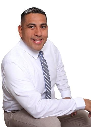 Michael Hernandez agent image