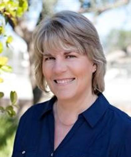 Cindy J Coray agent image