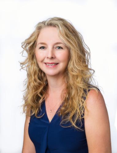 Catie Adams-Puett agent image