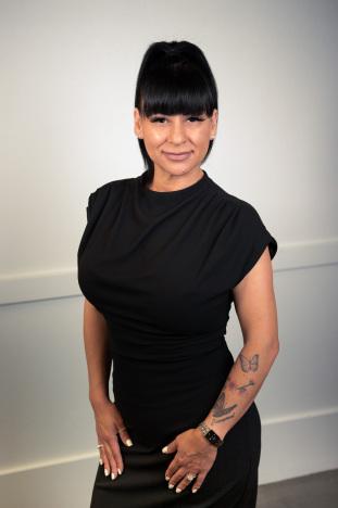 Ivette Chavez agent image