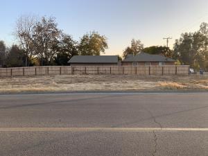 396 N Cypress Street, Woodlake, CA 93286