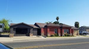 320 W Putnam Avenue, Porterville, CA 93257