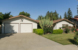 441 N Montgomery Court, Visalia, CA 93291
