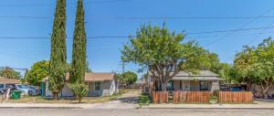 146 S Magnolia Avenue, Farmersville, CA 93223