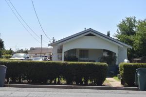 281 Pomegranate Street, Woodlake, CA 93286