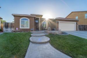 1427 Monsecco Street, Tulare, CA 93274